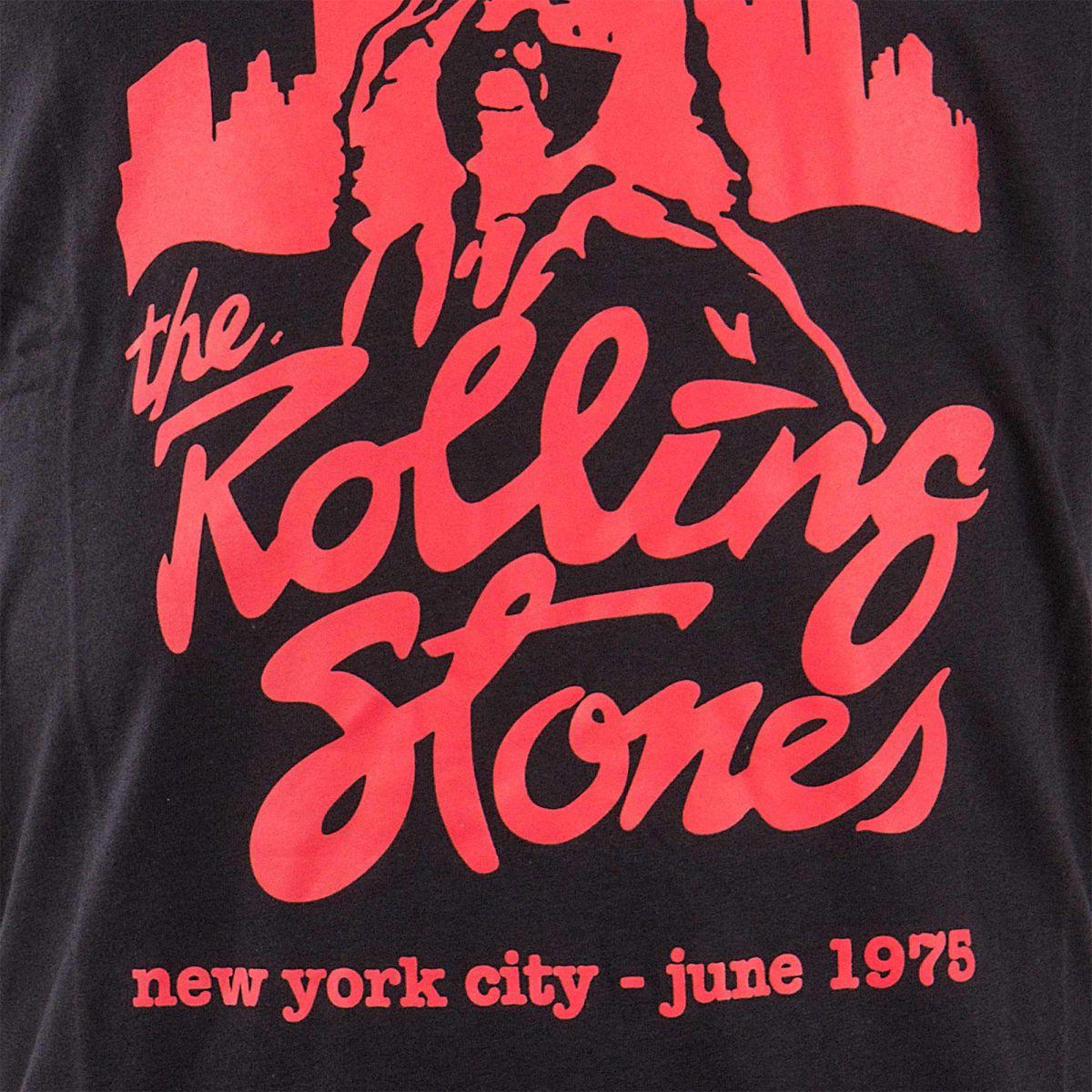 86f40e3e8c9a8 ... T-shirt manches courtes noir The Rolling Stones homme ARTISTS marque  pas cher prix dégriffés ...