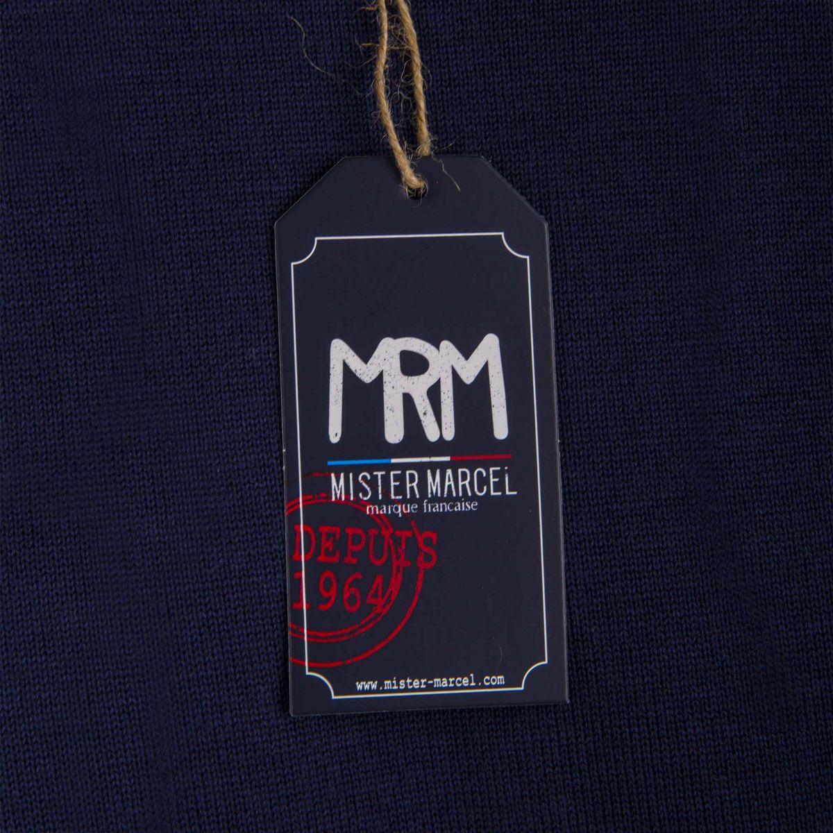Pull bleu marine tokyo homme little marcel prix d griff for 70 portent un pull bleu