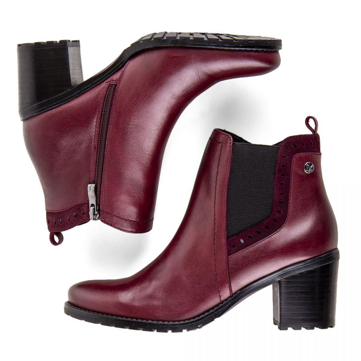 bf7bd1116621c6 Chaussures bottines bordeaux en cuir et daim onAir femme CAPRICE marque pas  cher prix dégriffés destockage ...