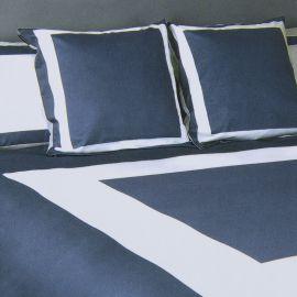 Parure de lit blanc et bleu 260X240 KARL LAGERFELD marque pas cher prix dégriffés destockage