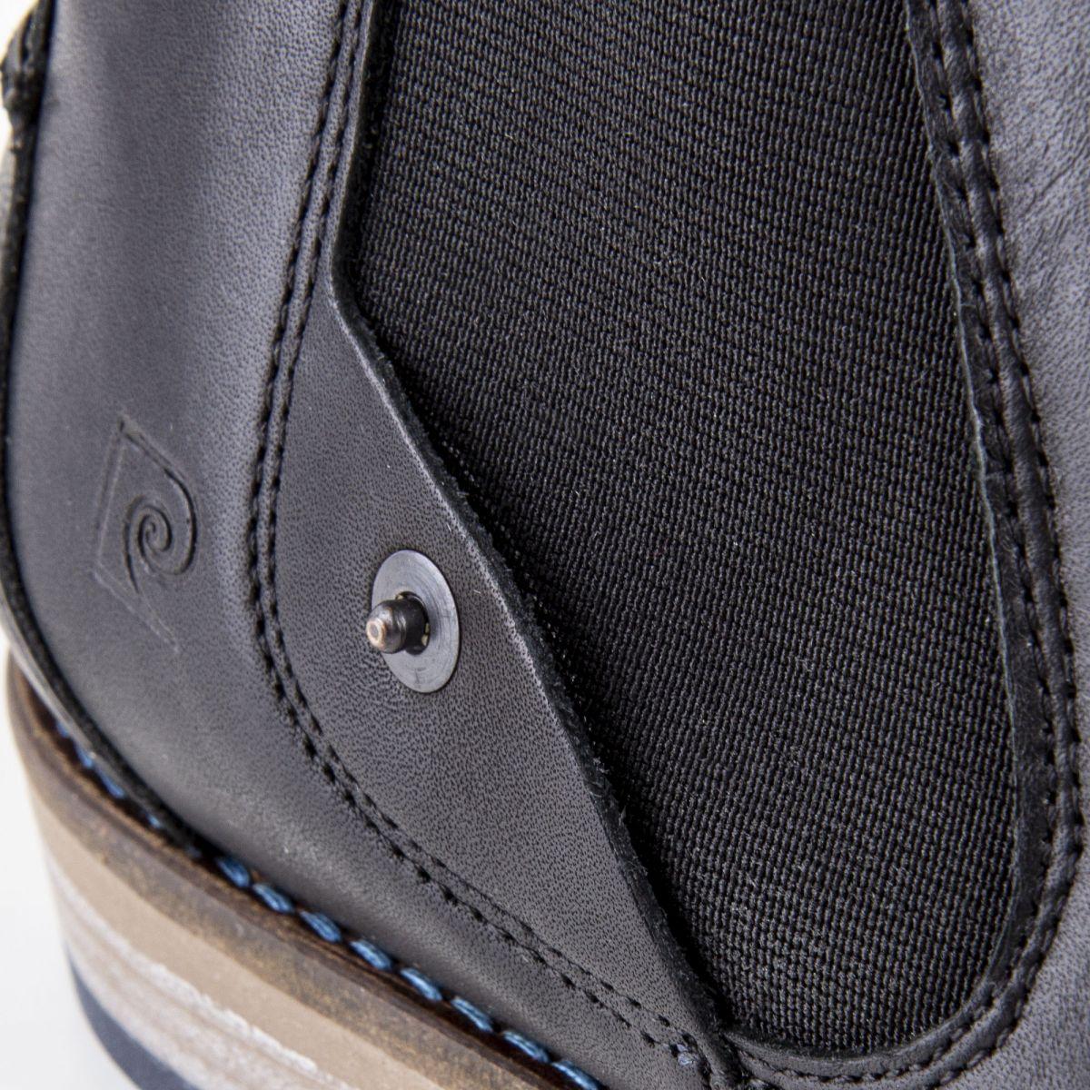 1f724fa3390 ... Chaussures Bottines noires cuir Homme PIERRE CARDIN marque pas cher prix  dégriffés destockage ...